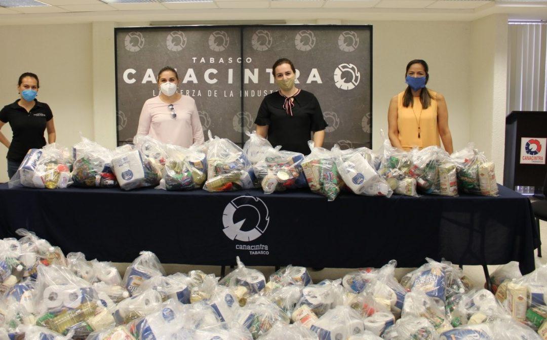 Entrega CANACINTRA 700 despensas a población vulnerable