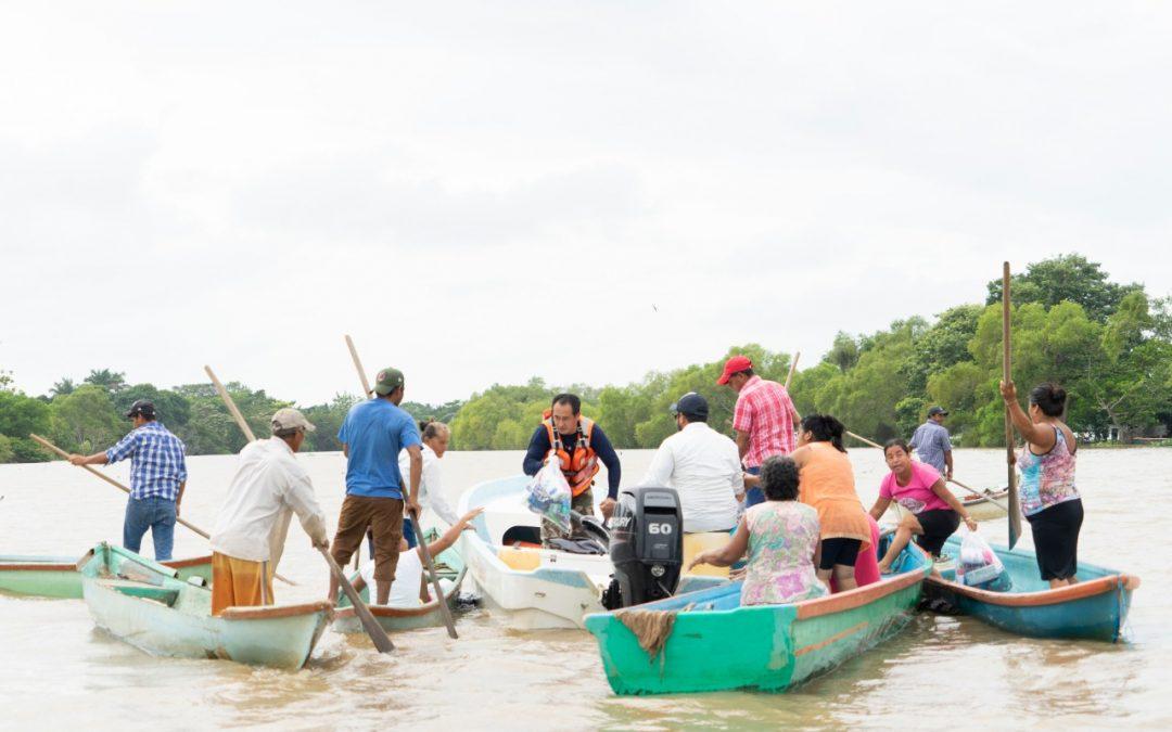 Entrega CANACINTRA víveres a damnificados de Tabasco y Chiapas